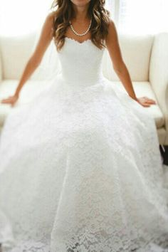 Perfect and simple wedding dress... #wedding#dress#simple