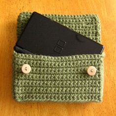 DS Pocket 2.0 - open by sjedesigns, via Flickr