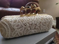 Alexander-McQueen-AUTHENTIC-NWT-Lace-Knuckle-Clasp-Clutch-Ivories http://rover.ebay.com/rover/1/711-53200-19255-0/1?icep_ff3=2&pub=5575119595&toolid=10001&campid=5337664594&customid=&icep_item=201155543540&ipn=psmain&icep_vectorid=229466&kwid=902099&mtid=824&kw=lg