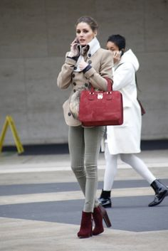 Olivia Palermo Abrigo beige y botas