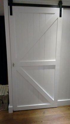 witte houden schuifdeur zelf maken