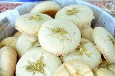 Nan Khatai Recipe - Ruchiskitchen