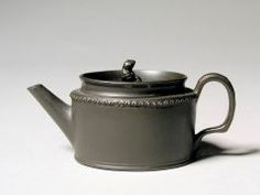 Teapot WEDGWOOD (ENGLISH, b. 1759–PRESENT) C. 1780-1795