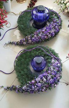 Floral Design by ? Large Flower Arrangements, Flower Arrangement Designs, Funeral Flower Arrangements, Flower Designs, Grave Flowers, Cemetery Flowers, Funeral Flowers, Deco Floral, Arte Floral
