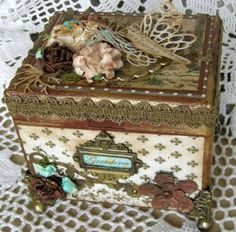 love this altered box