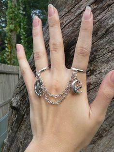 celestial double ring chained slave ring star sun moon goddess new age belly dancer celestial gypsy hippie morrocan boho and hipster Costume Jewelry Rings, Costume Rings, Grunge Jewelry, Gothic Jewelry, Cute Jewelry, Jewelry Accessories, Jewelry Design, Antique Rings, Vintage Rings