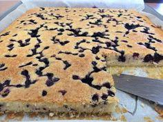 Liian hyvää: Helenan mustikkapiirakka (uunipellillinen) No Cook Meals, Tiramisu, Pancakes, Sweet Treats, Cheesecake, Goodies, Food And Drink, Pie, Baking