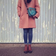 Yayoi Mini Box Bag #crossbody #bag #fashion #sophiaandmatt #teal #handbag Teal Handbag, Yayoi, Box Bag, Modest Fashion, Cross Body, Style Me, Crossbody Bag, Glamour, Mini