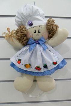PORTA PANO DE PRATO -Produzido em tecido 100% algodão em padrão aleatório, conforme disponibilidade do mercado. *****************Pronta Entrega ****************** Felt Crafts, Diy And Crafts, Arts And Crafts, Soft Dolls, Fabric Dolls, Beautiful Dolls, Doll Clothes, Craft Projects, Christmas Ornaments