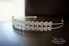 beautiful crystal hairband / hair accessories for wedding dress / bridal hair accessories by © radmila kerl photography munich Schöner Braut-Haarschmuck / Haarreif für Bräute