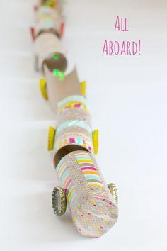 Recycled Paper Tube Washi Tape Train Kids Craft #washitape #kidscrafts