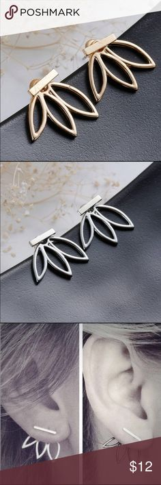 Lovely Flower Ear Stud Drop Jewelry Brand NEW!! Very dainty flower Ear Stud Drop jewelry. These cute little earrings add a bit of charm to any outfit! Can be dressed up or down. Material: Alloy, Size: 2cm ‼️Price Firm unless bundled‼️ ❌NO TRADES❌ LOW BALLING Colors Available: Gold and Silver Jewelry Earrings