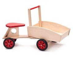 Houten loopfiets/bakfiets rood, Ado   Ado houten speelgoed   Villa Hoera