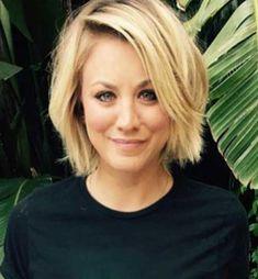Share Tweet + 1 Mail da kurze Haarschnitte sind sehr beliebt bei Frauen, und Sie sollten für nette Frisuren für einzigartigen Look aussehen. ...