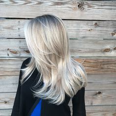 If you're loving all things platinum as much as we are, then you gotta check out this icy platinum how-to from Liz Haven O'Neill (@lizhaven), owner of Kaleido Hair Artistry in Houston. From how she sections the hair to her go-to way of creating volume, it's all below in the steps. Check it out!   Want to … Continued