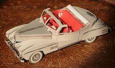 Papermau: Vintage 12 Cylinders Paper Car - by Agence Eureka DIRECT LINK: http://bibigreycat.blogspot.com/2008/05/maquette-en-carton-6-feuilles-de-35-x45.html