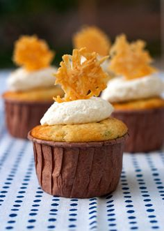 Cream of Broccoli Soup Cupcake. Savory Cupcake - http://www.redshallotkitchen.com/2013/02/eat-your-cakeand-your-vegetables-too.html