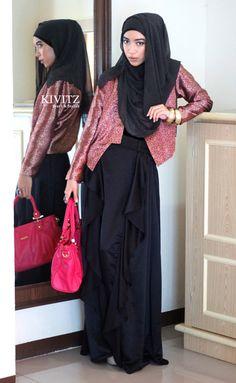 Fitri Aulia, Indonesian.