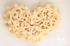 Koronkowe naleśniki w kształcie serca
