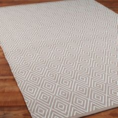 Indoor/Outdoor Concentric Diamond Rug 6 COLORS - Shades of Light