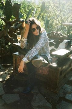"""Hippie Chic"" - Anna Speckhart by Jason Lee Parry for Trendi Magazine I absolutely love this editorial. Hippie Style, Bohemian Style, Boho Chic, Bohemian Summer, Bohemian Rings, Hippie Chick, Rocker Style, Rocker Chic, Vanessa Hudgens"