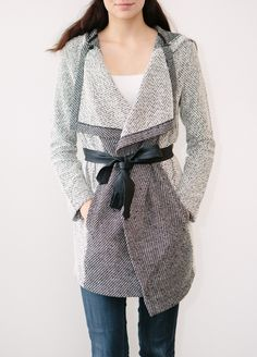 love this Axen Coat from @shoplilyviolet