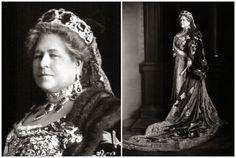 The Royal Order of Sartorial Splendor: Tiara Thursday: Archduchess Isabella's Peridot and Diamond Tiara