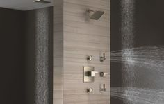 #brizo I think we could all enjoy a few body sprayers and an awesome rain head this afternoon! #showersystem #modern