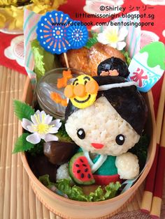 Summer Festival Girl Bento  夏祭り・少女のキャラベン - Little Miss Bento Japanese Bento Lunch Box, Bento Box Lunch, Bento Food, Japanese Food Art, Japanese Dishes, Cute Bento Boxes, Kawaii Cooking, Kawaii Bento, Festival Girls