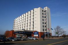 Delta Sydney hotel Cape Breton, Hotels And Resorts, Sydney, Multi Story Building, Island, Holiday, Home, Vacations, House