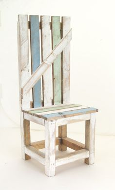 So many DIY trends with distressed wood! Get that look and feel with this Fence Chair! Jennifer Motl