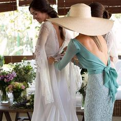 That mint outfit 😍😍 Cute Wedding Dress, Wedding Looks, Wedding Dresses, Mother Of The Bride, Beautiful Dresses, Evening Dresses, White Dress, Bridesmaid Dresses, Glamour
