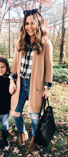 Look at our simplistic, comfortable & simply stylish Casual Fall Outfit smart ideas. Get inspired with your weekend-readycasual looks by pinning your most favorite looks. casual fall outfits for teens Cute Fall Outfits, Fall Winter Outfits, Casual Outfits, Winter Clothes, Winter Style, Bohemian Fall Outfits, Casual Ootd, Perfect Fall Outfit, Winter Coats