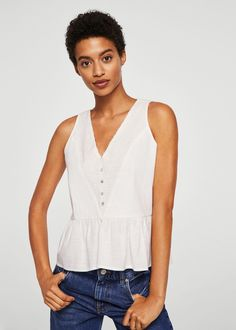Straight design Cotton fabric V-neck Openwork detail Sleeveless Button fastening on the front section Frill on the bottom Rustic Outfits, Casual Outfits, Trends, Peasant Tops, Capsule Wardrobe, Cotton Fabric, Feminine, How To Wear, Lace