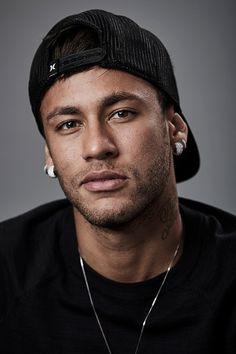 Neymar da Silva Santos Júnior, allgemein bekannt als Neymar oder Neymar Jr. Football Awards, Fifa Football, National Football Teams, Neymar Jr, Neymar 2017, Neymar Wallpaper, Paris Saint Germain Fc, Neymar Brazil, Bae