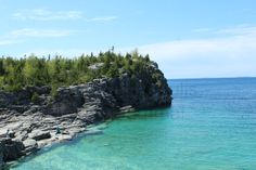 Are you hungry for a NEW weekend getaway from Toronto this summer? Here are 5 road trip adventures around Southern Ontario that you should take while the weather is hot!