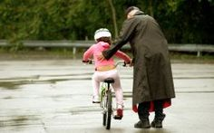 Help Your son/grandson to learn How to Ride a Bicycle. Doru - http://wheelsandkids.com/bicycle-for-kids
