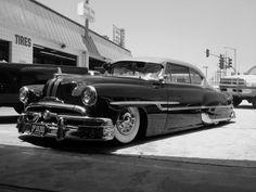 Pontiac 53 Chieftain