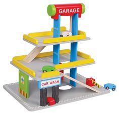 IDEAS DE REGALO PARA PAPA NOEL: MARAVILLOSO GARAJE DE MADERA PARA NIÑOS PVP: 54,90 € http://www.babycaprichos.com/garaje-infantil-de-madera-de-3-pisos.html