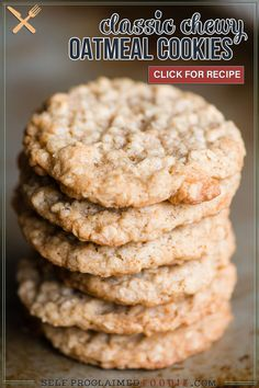 Chewy Oatmeal Cookies, just like Grandma used to make, are the best cookies that take you straight back to your childhood! Full of chewy oats, brown sugar, walnuts, and spices, you just can't beat the taste and texture of these classic homemade cookies. This chewy oatmeal cookie recipe will become a favorite! Best Oatmeal Cookies, Oat Cookies, Oatmeal Cookie Recipes, Coconut Cookies, Oatmeal Cake, Pudding Cookies, Yummy Cookies, Cookie Bars, Köstliche Desserts