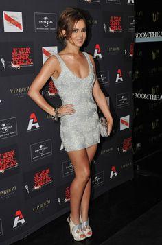Cheryl Cole sexy in silver