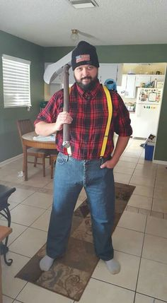 paul bunyan halloween costume with babe the blue ox on his shoulder