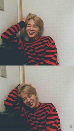 jimin ~ bts ~ kpop ~ korea ----------------------------------------He's very cuuuuute😍 Park Ji Min, Taehyung, Namjoon, Billboard Music Awards, Foto Bts, Yoonmin, Bts Boys, Bts Bangtan Boy, Jikook