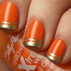 Double Gold Tipped Orange Nails. It's festive, but subtle. | #halloween #nailart #halloweennails