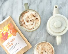This tea latte is very rich in antioxidants and anti-inflammatory compounds. It's warming, spicy and absolutely delicious! Tea Recipes, Whole Food Recipes, Joyous Health, Healthy Juices, Healthy Food, Turmeric Tea, Tea Latte, Honey And Cinnamon, Brewing Tea