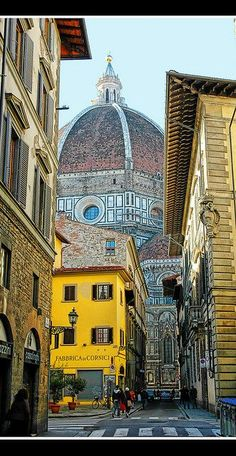Firenze (Florence), capital of Toscana (Tuscany). Places Around The World, Oh The Places You'll Go, Places To Travel, Travel Destinations, Places To Visit, Around The Worlds, Places Worth Visiting, Travel Trip, Wonderful Places