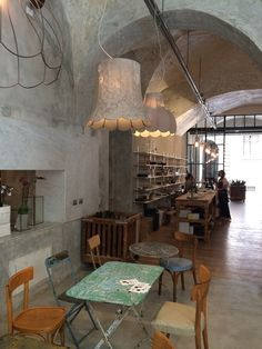 La Ménagère- A Concept-restaurant in the Heart of Florence, Italy Concept Restaurant, Rustic Restaurant, Restaurant Interior Design, Cafe Interior, Interior And Exterior, Restaurant Interiors, Florence, Interior Concept, Industrial Interiors