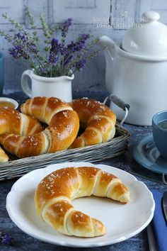 Hungarian Desserts, Hungarian Recipes, Breakfast Diner, Breakfast For Kids, Baking And Pastry, Bread Baking, Homemade Croissants, Serbian Recipes, Bread And Pastries