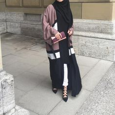 """4,180 Likes, 51 Comments - Ebru (@ebrusootds) on Instagram: """"'Cause less is more   Dress / Kleid / Elbise  @ezaboutique"""""""
