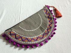 Oval Handmade Bags, Saddle Bags, How To Make, Handmade Purses, Sling Bags